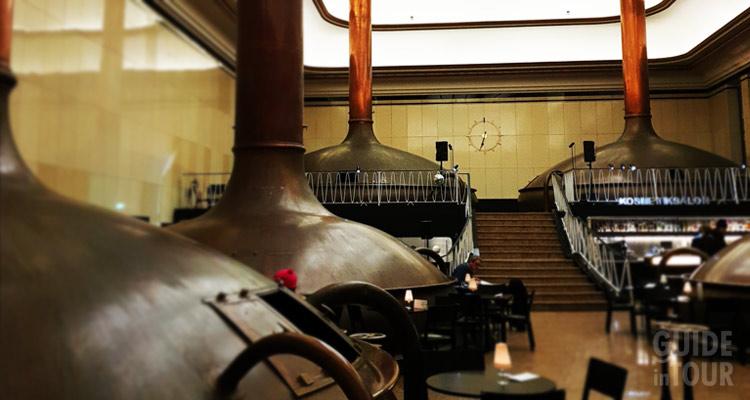 i silos di una birreria artigianale di Berlino