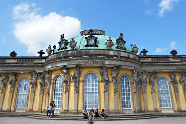 Palazzo Sanssouci tour Potsdam