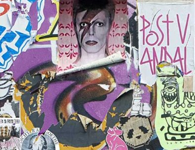 Un manifesto artistico visitato durante il tour di Berlino alternativa.