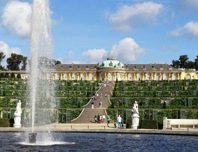 Il palazzo di Sansouci visitado durante il tour di Potsdam in italiano con partenza da Berlino.