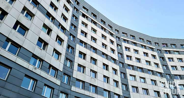 Foto di un Plattenbau, l'architettura comunista di Berlino Est.