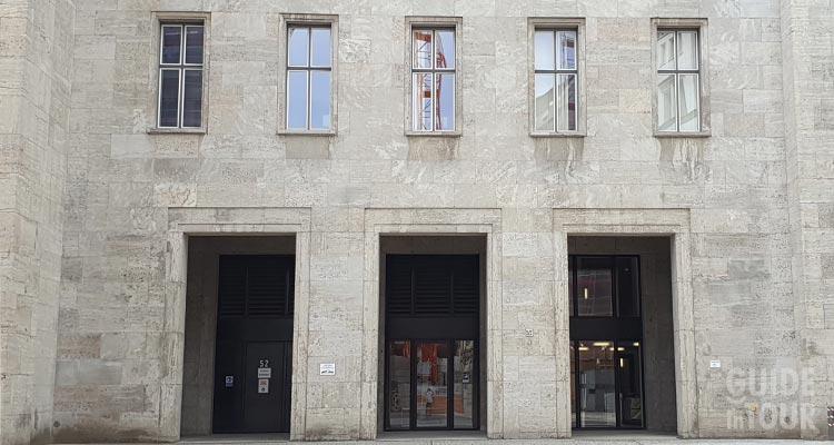 Entrata posteriore del ministero della propaganda nazista di Goebbels a Berlino.