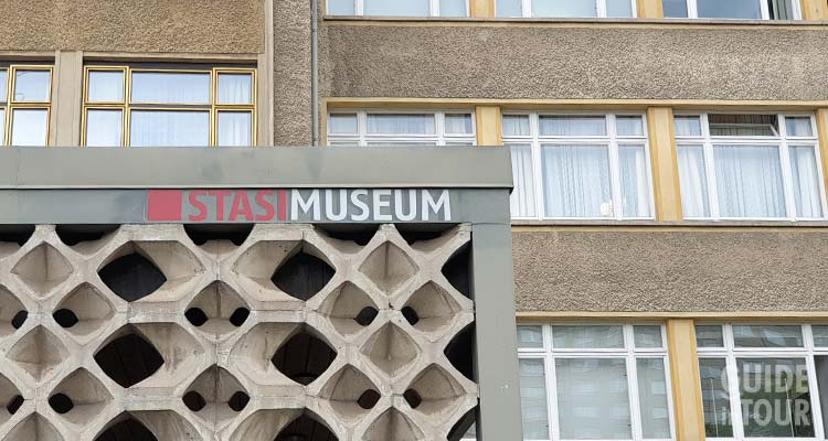 Edificio del Museo della Stasi a Berlino.